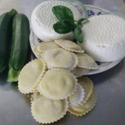 Ravioli robiola e zucchine